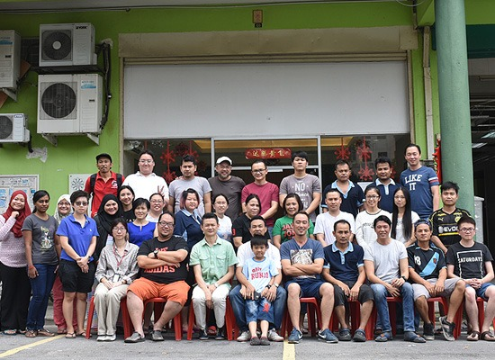 We celebrated the Myanmar New Year on 15 April 2017 (Saturday) with our Myanmar workers. This is the second year that we hosted the Thingyan celebration to show our appreciation for their contribution as part of the NetsEco family.