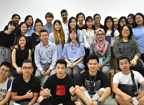 Students from INTI College visited us.